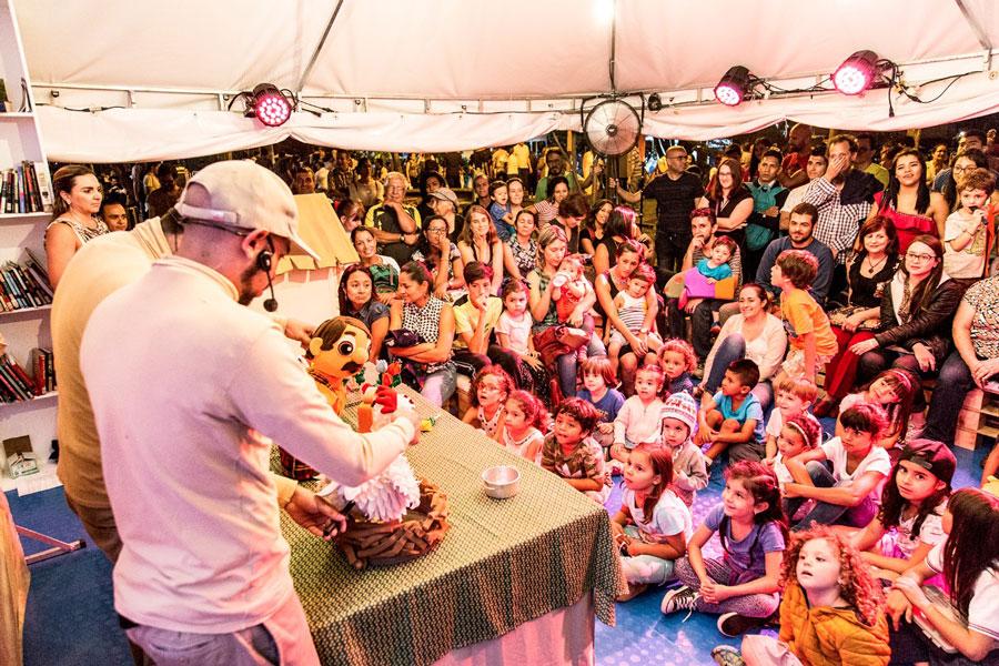 Más de 34.000 visitantes en la 11ª Feria Popular Días del Libro, primera parada de los Eventos del Libro